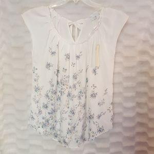 NWT Lauren Conrad LC floral pleat neck blouse M